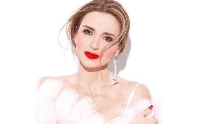 «Для того, щоб бути незамінною, треба…»: Оксана Марченко вразила прихильників новими фото