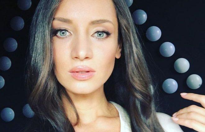 «Легкий рум'янець і спокусливі жести»: Тетяна Денисова спокусила шанувальників відвертим селфі