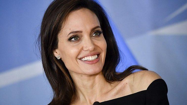 У Анджеліни Джолі можуть відібрати дітей