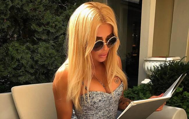 Валерія Крук вразила шанувальників ідеальною фігурою в пікантному купальнику