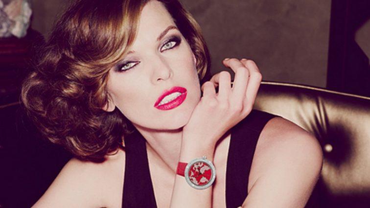 «Вічно молода!»: Елегантна Міла Йовович прикрасила обкладинку модного глянцю
