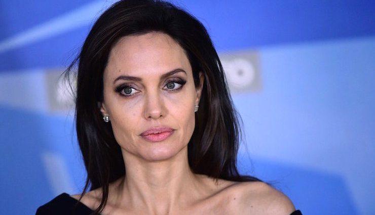 Анджеліна Джолі планує знову стати матір'ю