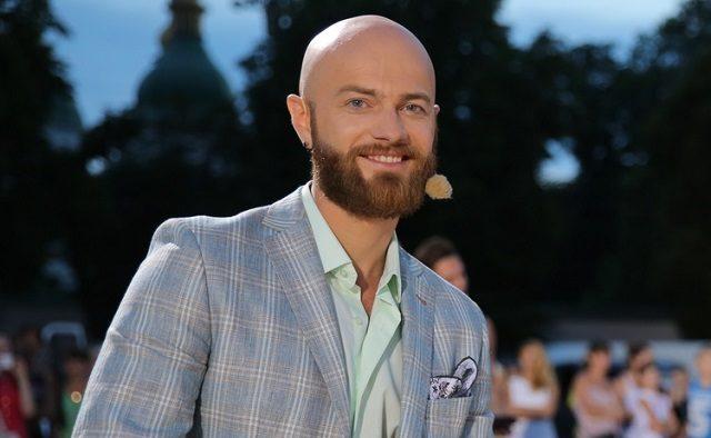 «Волосся емігрувало на бороду»: Влад Яма продемонстрував, як виглядав у юності