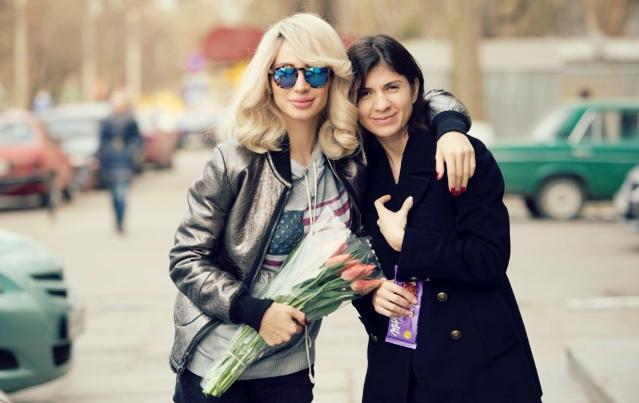 «Боляче, але не фатально»: продюсер Світлани Лободи поділилася переживаннями про стан зірки