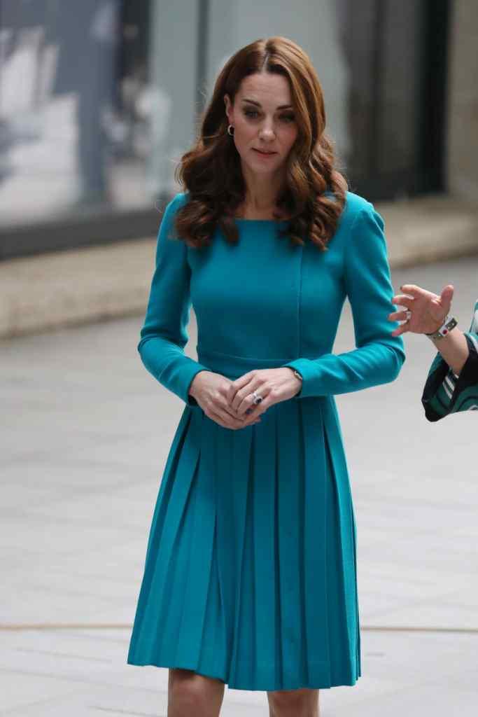 «Ікона стилю»: Кейт Міддлтон вразила неймовірним офіційним образом