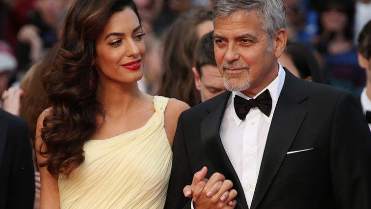 Амаль Клуні спіймали на прогулянці з сином. Рідкісне фото