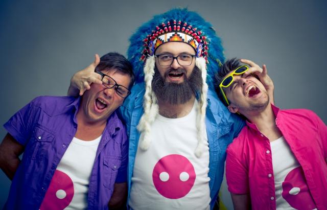 Без бороди майже не впізнати: в Мережі з'явилися унікальні знімки співака Дзідзьо
