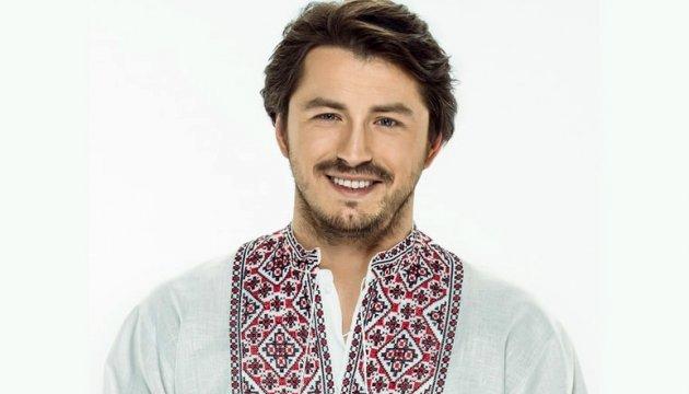 «Дівчата, тримайтеся!»: Сергій Притула вперше показав свого брата-красунчика