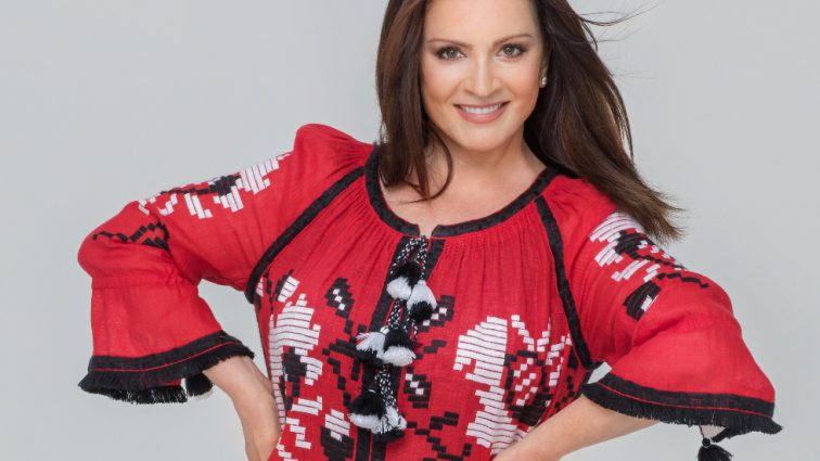 Щоб не розпалювати ситуацію: Софія Ротару відмовилася виступати на престижній музичній премії в Росії