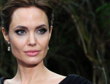 Анджеліна Джолі натякнула на те, що не проти зайняти місце Трампа