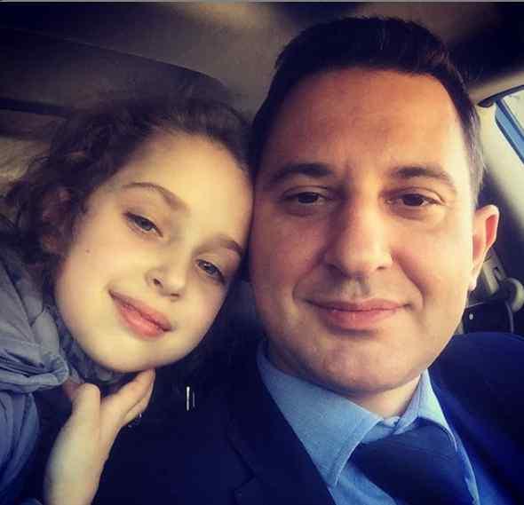 «Оце красуня буде, як виросте»: Валерій Ославський показав зворушливе фото з донькою
