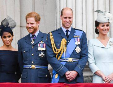 Незважаючи на конфлікти: королівська родина здивувала спільним новорічним відео
