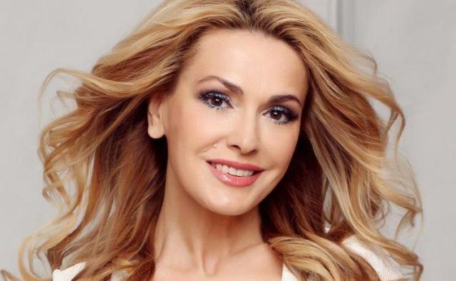 «Така красива жінка була. Сумно»: Ольга Сумська показала фото у компанії відомого актора