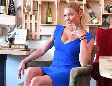 «Куди ж без бочки»: Анастасія Волочкова розлютила шанувальників відвертим фото