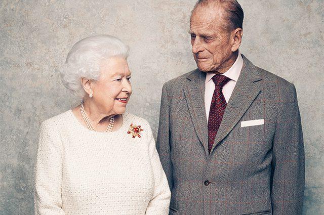 Чоловік королеви Єлизавети принц Філіп помер: ЗМІ повідомили про трагічну помилку