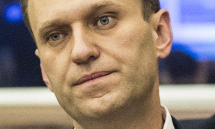 Україна закликала продовжити тиск на РФ через отруєння Навального